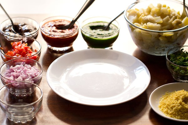 preparing sev puri recipe