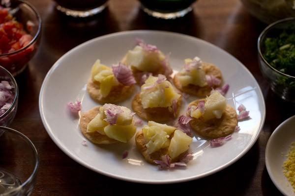 onions for sev puri recipe