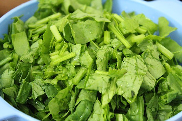 chopped spinach for palak saag