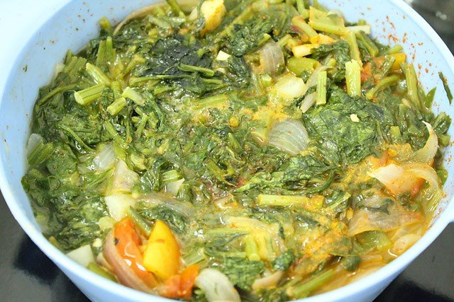 microwave saag for 5 mins more