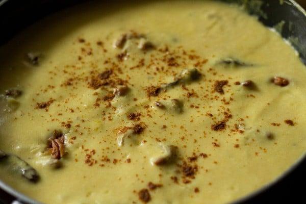 kadhi recipe, how to make punjabi kadhi recipe, kadhi pakora recipe, kadhi chawal recipe