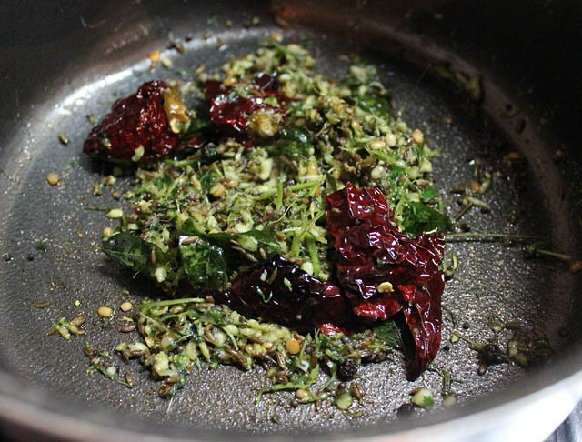 tempering for making tomato rasam recipe