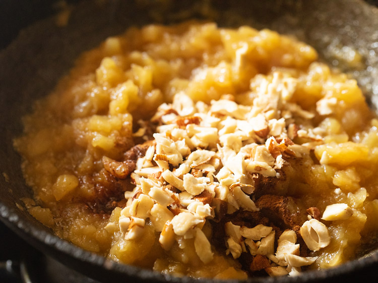 chopped dry fruits added to halwa mixture
