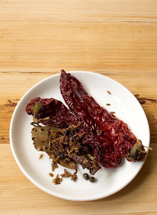 spices masala for dum ke baingan recipe