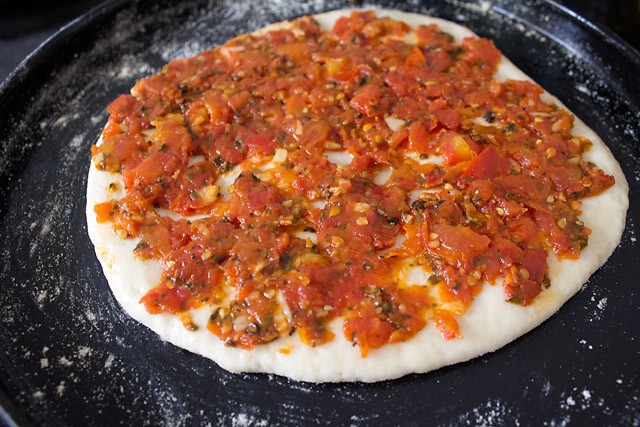 assembling Vegetarian pizza