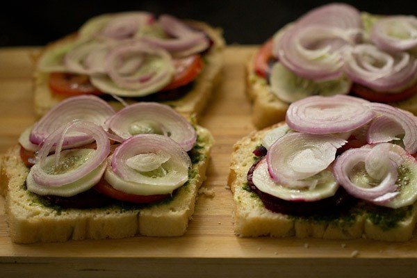 onions for bombay veg sandwich recipe