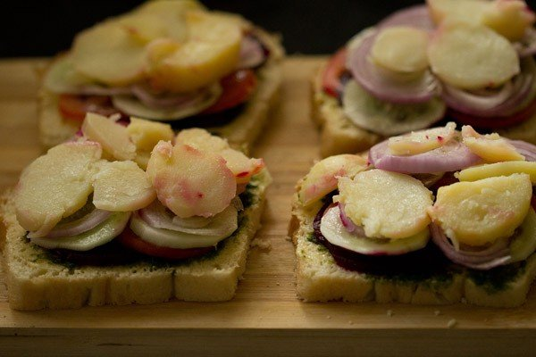 potato slices for bombay veg sandwich recipe