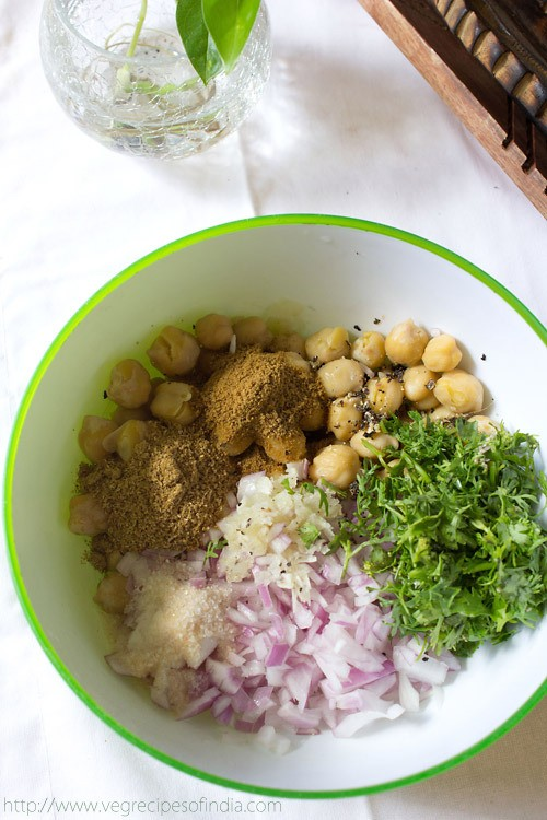 falafel recipe with cooked chickpeas | falafel recipe with ...