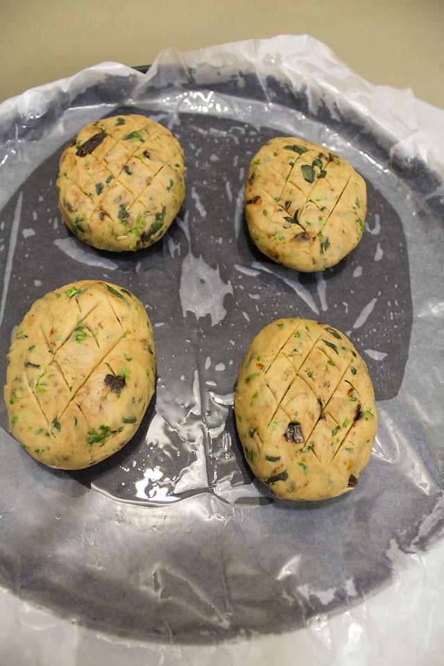 Italian-herb-bread10