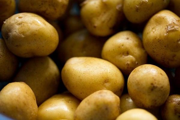 potatoes for kashmiri dum aloo recipe