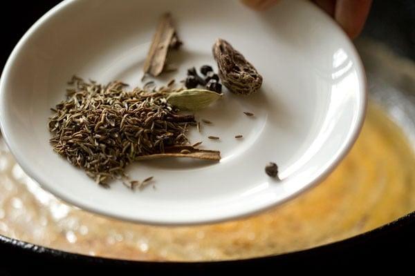 spices for kashmiri dum aloo recipe