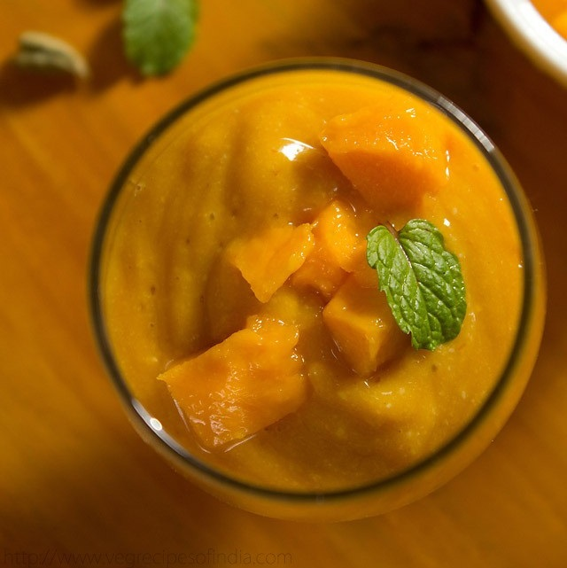 mango smoothie recipe, vegan mango smoothie recipe