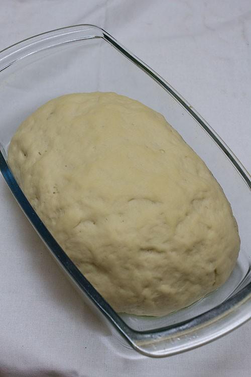 preparing white bread recipe