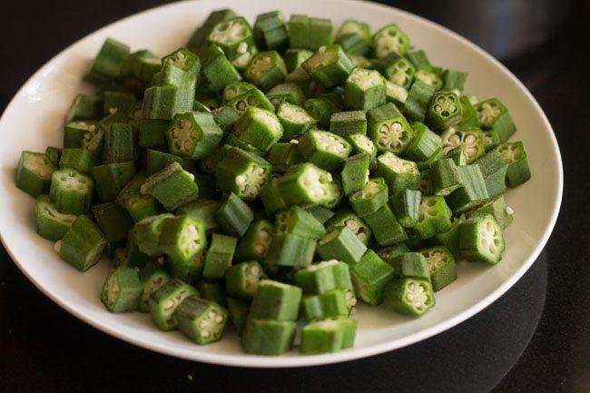 bhindi for making bhindi bhaji recipe