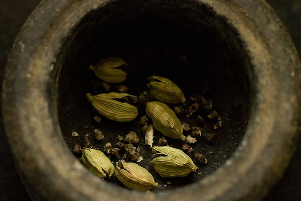 cardamom for sweet Punjabi lassi recipe