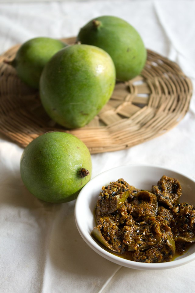 punjabi mango pickle recipe, aam ka achaar recipe