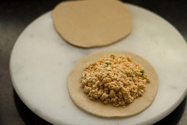 add stuffing - paneer paratha recipe