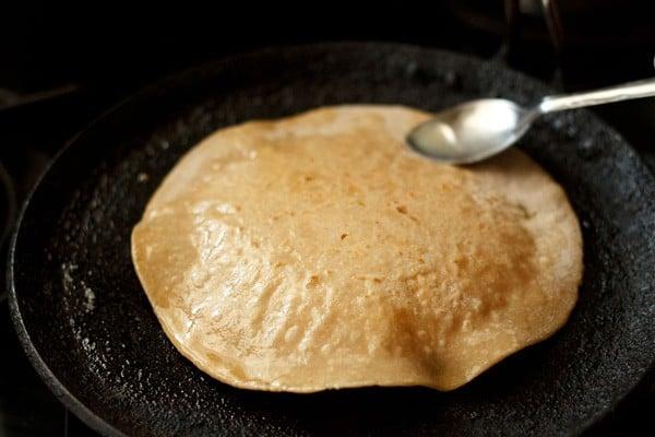 ghee on paneer paratha recipe