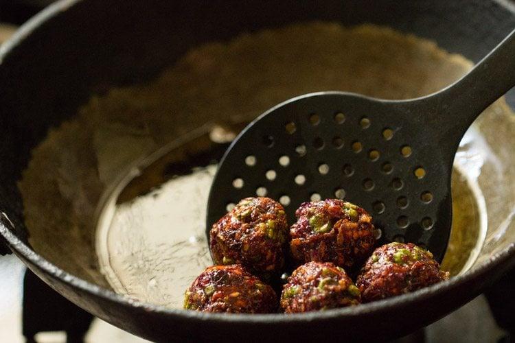 making veg manchurian gravy recipe