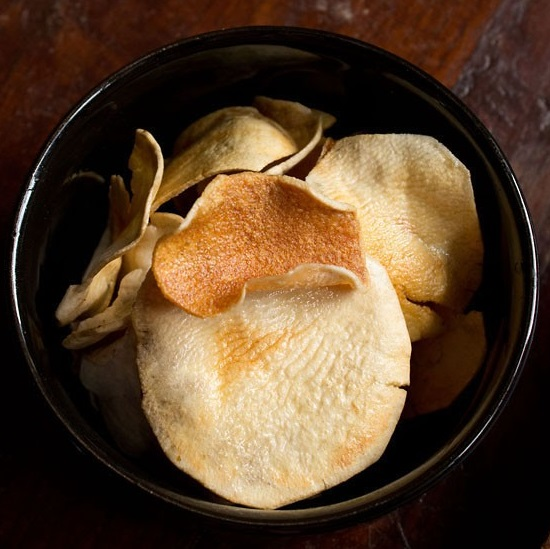 How make aloo chips in hindi language