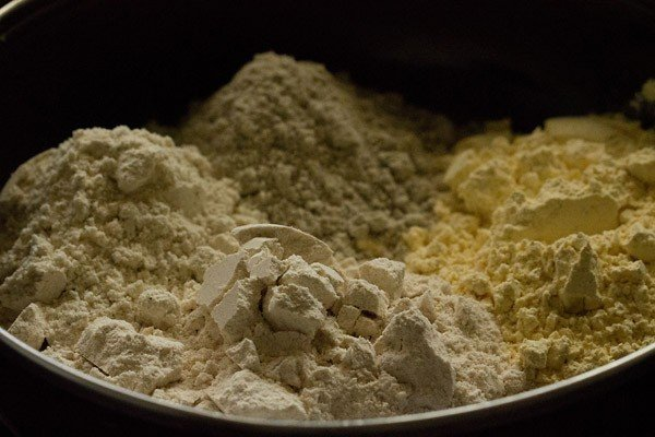 flours for methi thepla recipe