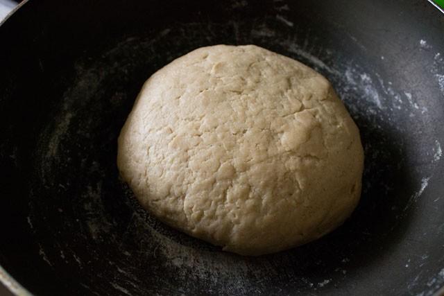 dough for pita bread