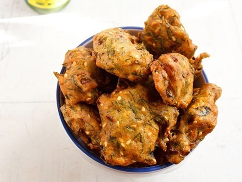 dill leaves pakora recipe