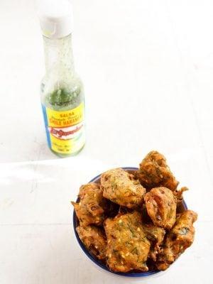 dill leaves pakora: easy dill leaves pakora recipe