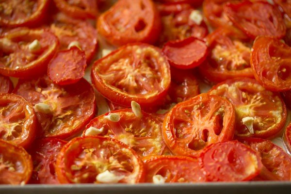 making roasted tomato soup recipe