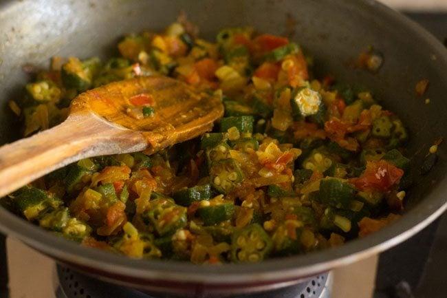 cooking bhindi ki sabji