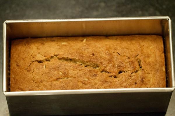 baked eggless banana bread recipe