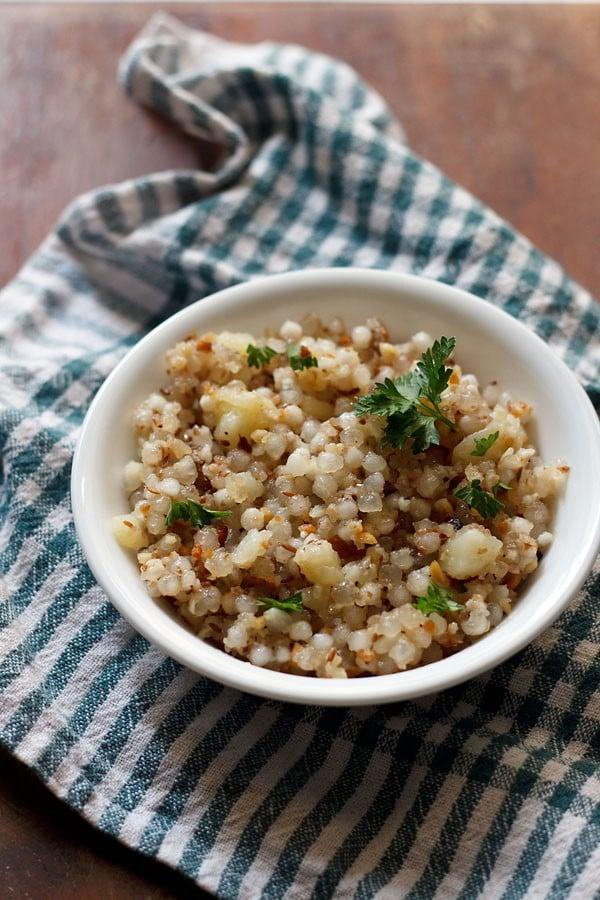 sabudana khichdi recipe, how to make sabudana khichdi for fasting vrat