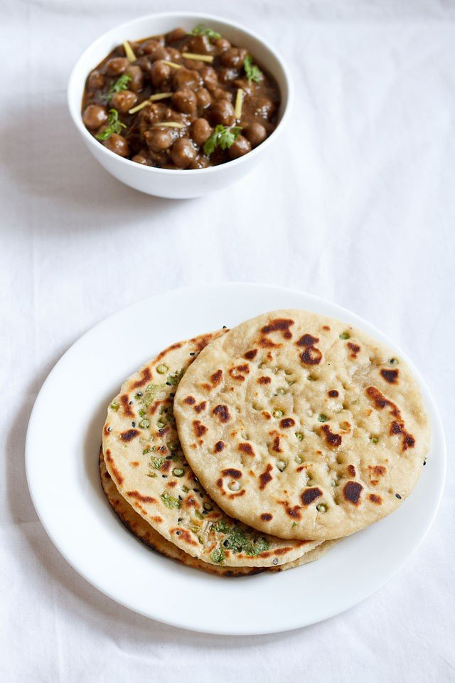 garlic naan recipe, how to make garlic naan on stove top, pan or tawa