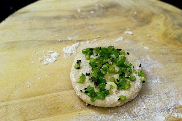 garlic naan recipe preparation