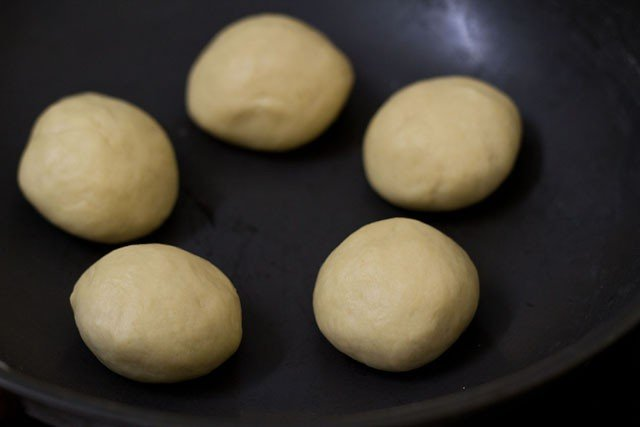 dough balls for garlic naan recipe
