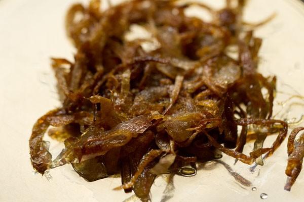 onions for veg dum biryani recipe