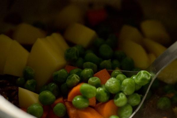 vegetables for vegetable biryani recipe