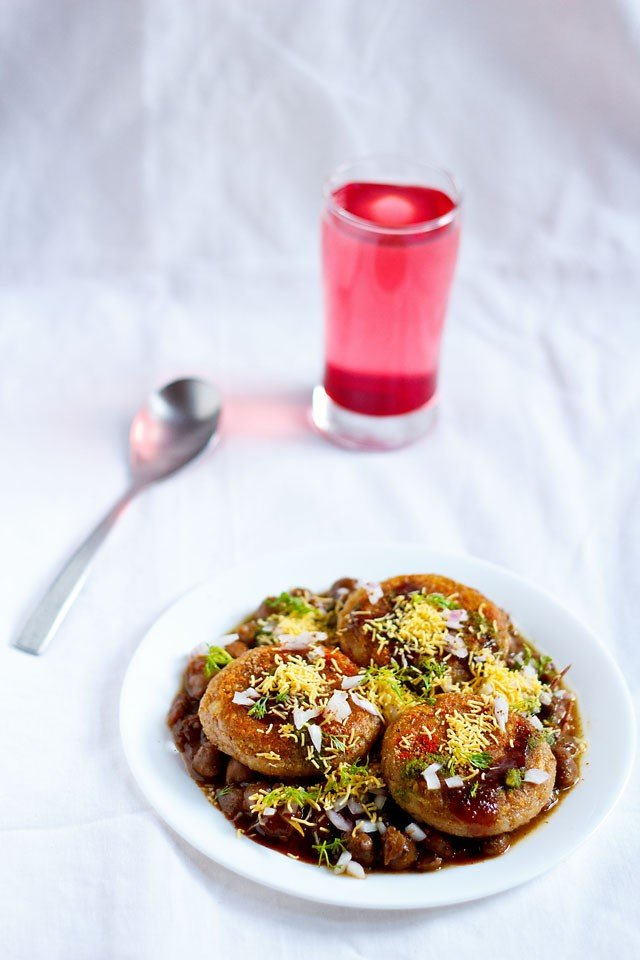aloo tikki chole recipe, how to make aloo tikki chole chaat recipe