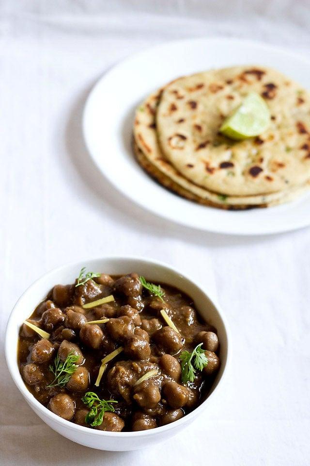 amritsari chole recipe, how to make amritsari chole masala recipe