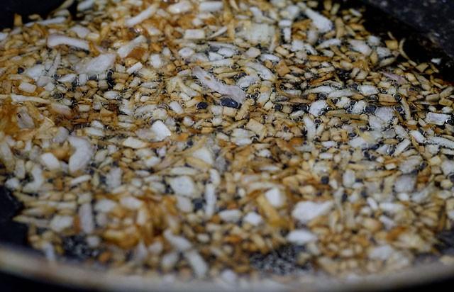 onions to make amritsari chole recipe
