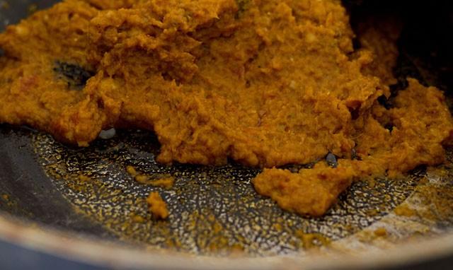 frying the punjabi dum aloo recipe