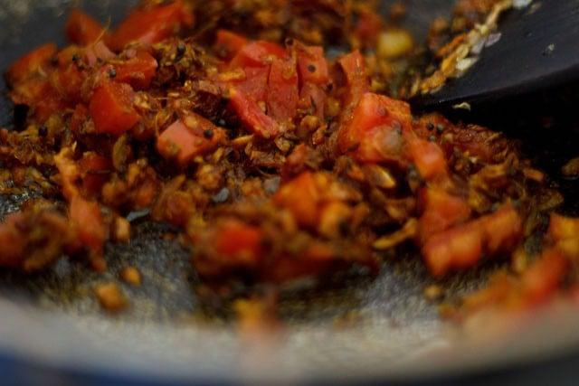 fry the whole masala
