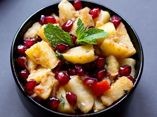 aloo anardana salad recipe