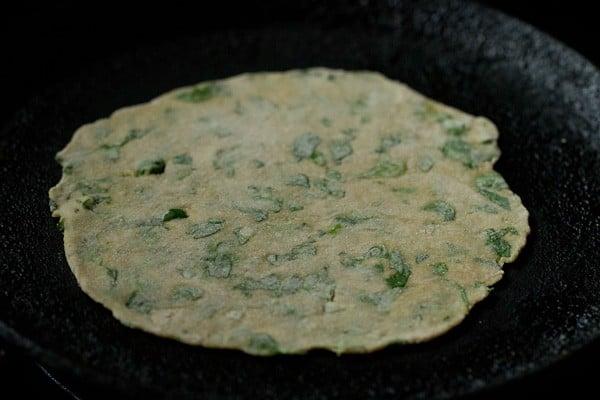 how to make punjabi methi paratha