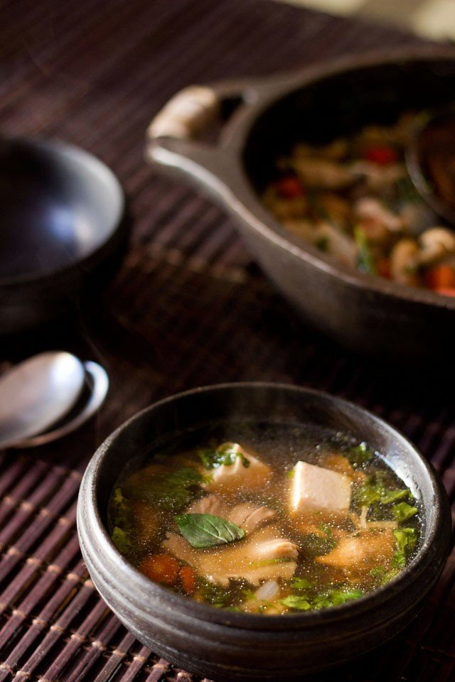 thai vegetable tofu soup