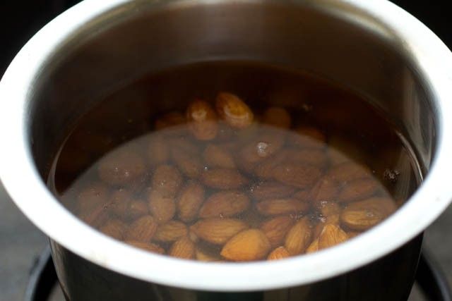 rinse almonds to make almond milk