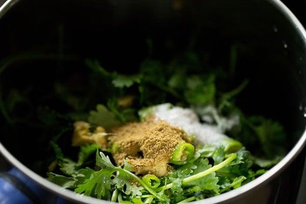 making coriander chutney recipe