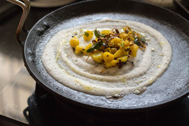 making mysore masala dosa recipe