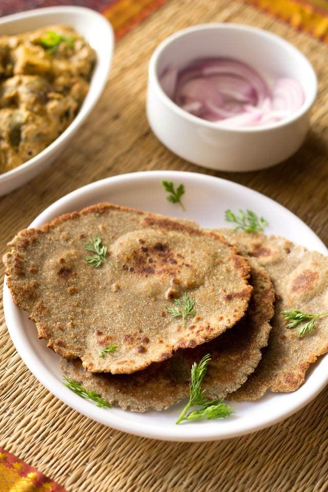 bajra bhakri, bajra roti recipe, bajra bhakri recipe