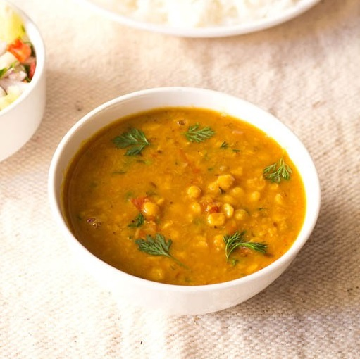 How to prepare dal curry for roti